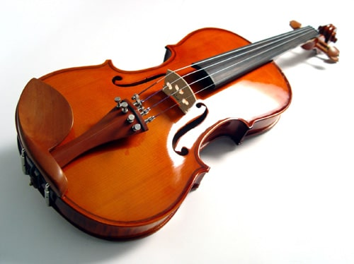 Learn to play the violin at National Academy of Music